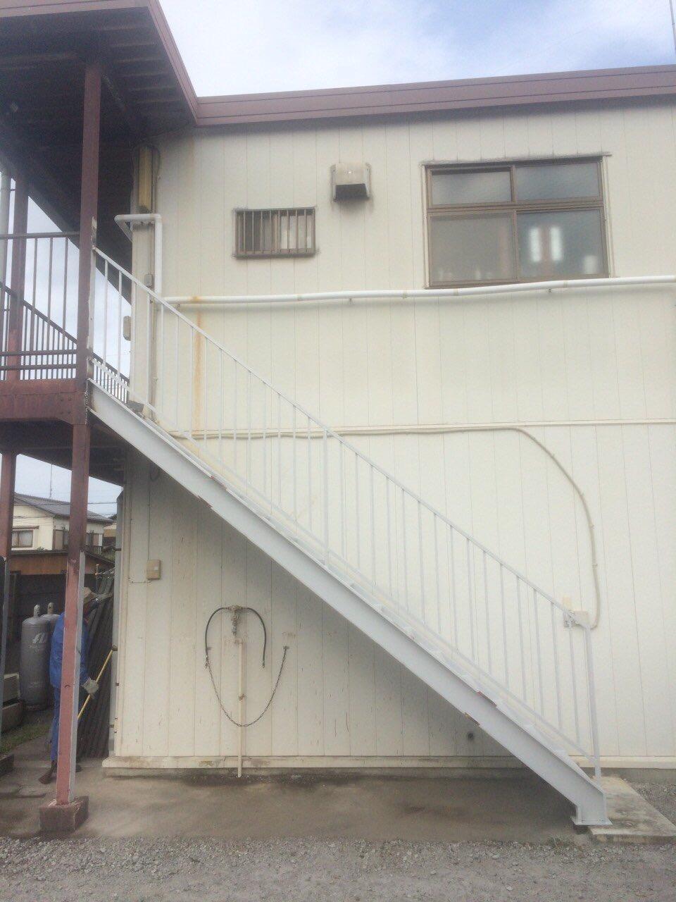 日本空調 階段①